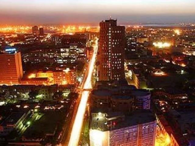 karachi at night 640x480 - Karachi the City Of Light