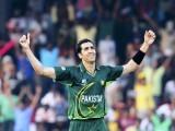 Umar Gul celebrates taking the wicket of Australia's Brett Lee. PHOTO: REUTERS