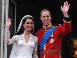 Britain's Prince William and his wife Kate, Duchess of Cambridge, wave to the crowd from the balcony of Buckingham Palace in London on April 29, 2011, following their wedding. PHOTO: AFP