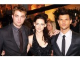 The relationship between Bella and Edward is not healthy. Bella sets a bad example for girls all around the world. PHOTO: FILE