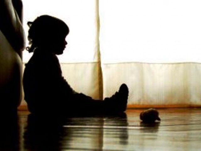 little-girls-silhouette-sxc