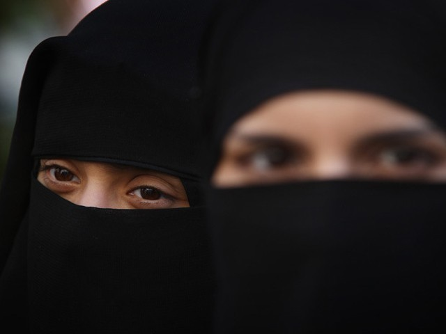 a paper on women wearing veils Calls to ban the burka and niqab have reignited the debate over islamic face veils in  which bans women from wearing.