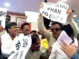 Shiv Sena members shout anti-Pakistan slogans just before BCCI President Shashank Manohar and PCB Chairman Shaharyar Khan were due to discuss agreed upon bilateral cricketing fixtures.