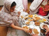 Even during Ramazan, people tend to eat in unprecedentedly large quantities that end up defeating the very purpose of fasting. PHOTO: MOHAMMAD NOMAN/EXPRESS