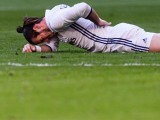 MADRID, SPAIN - NOVEMBER 06: Gareth Bale of Real Madrid lies injured on the pitch during their La Liga match between Real Madrid and Deportivo Leganes at the Estadio Santiago Bernabéu on 06 November 2016 in Madrid, Spain. PHOTO: GETTY
