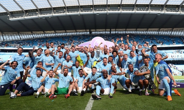 Manchester City's Premier League champions enjoy bus parade