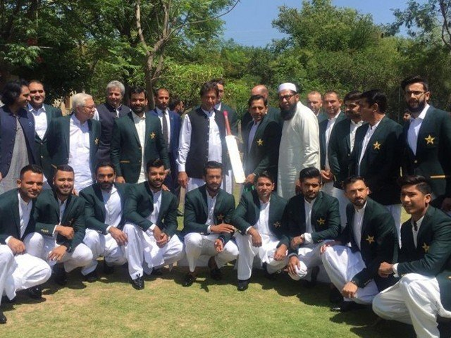 The Pakistan World Cup squad with Prime Minister Imran Khan on April 19, 2019 at Bani Gala. PHOTO: EXPRESS