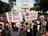 Marchers gather at the Alabama State Capitol to protest the state's new abortion law on May 19, 2019. PHOTO: REUTERS